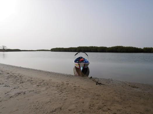 Petit arrêt sur un banc de sable du delta du Saloum